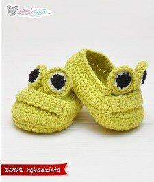 ręcznie zrobione buciki żabki