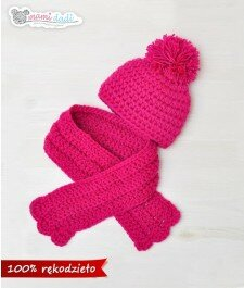 czapka,zimowa, pompony, dla dziecka, ciepła, delikatna, miękka w dotyku, idealny na prezent, podarunek, włóczka najlepsza jakościowo, uroczy, zabawna, fajna, fusja, róż, szalik , kompleet na zimę, z góry