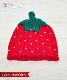 czapka, mamidadi, ręcznie robiona, hand made, prezent, truskawka, dla dziecka, z góry