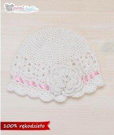Wiosenna czapeczka - biała